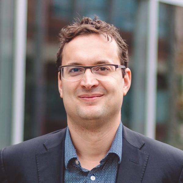 assoc. prof. Miroslav Karlíček, Ph.D.